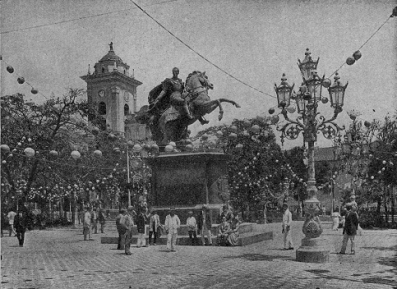 plaza-bolivar-de-caracas